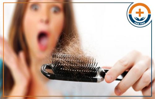 Những nguyên nhân gây rụng tóc phổ biến hiện nay